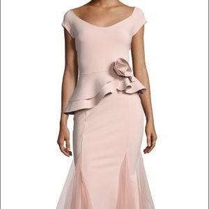 Chiara Boni - Lady Cap-Sleeve Peplum Mermaid Dress